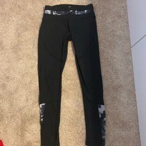 Black athletic leggings (full length)